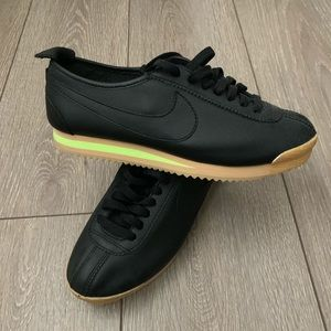 Nike Cortez '72 Shoes BRAND NEW!